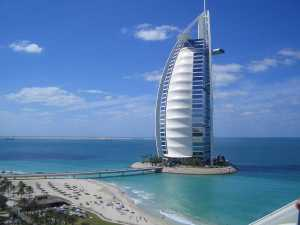 Burj_Al_Arab_desde_playa