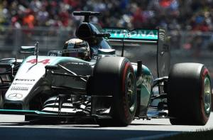 Mercedes AMG Petronas British driver Lewis Hamilton races at the Circuit Gilles Villeneuve in Montreal on June 6, 2015, during the third practice session for the Canadian Formula One Grand Prix. AFP PHOTO/JEWEL SAMAD