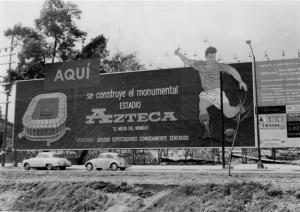 Estadio Azteca Anuncio